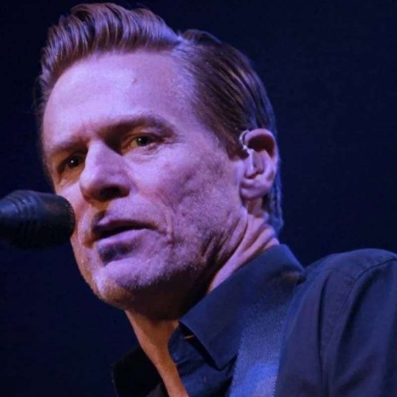 Por protestas, Bryan Adams cancela concierto en Chile
